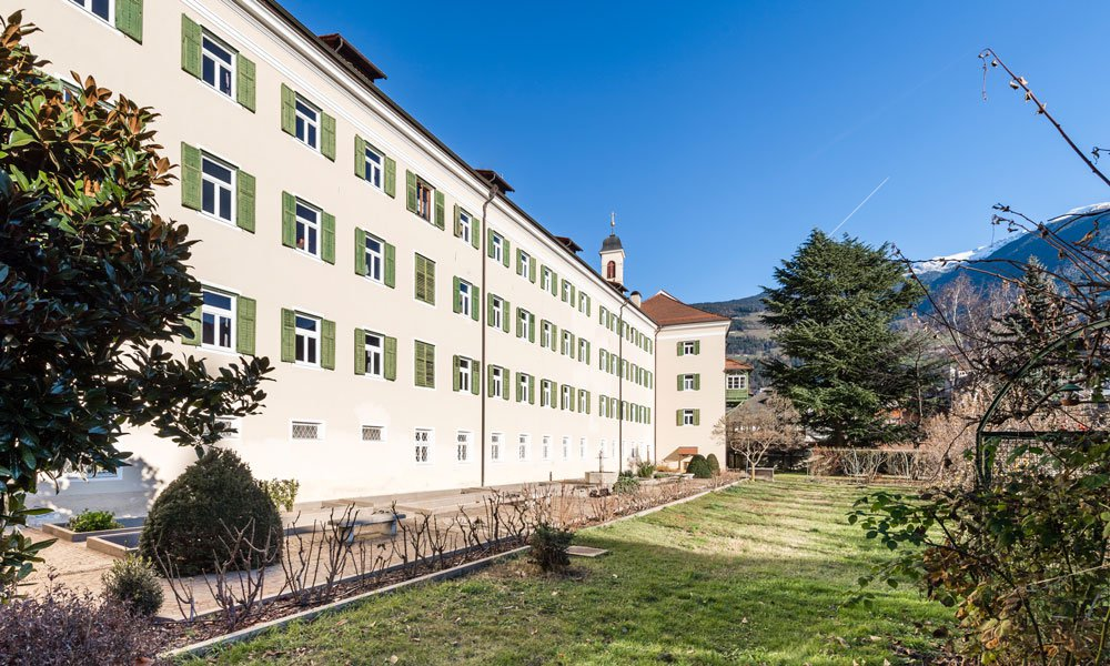 Not only for students: an accommodation in the student residence in Brixen